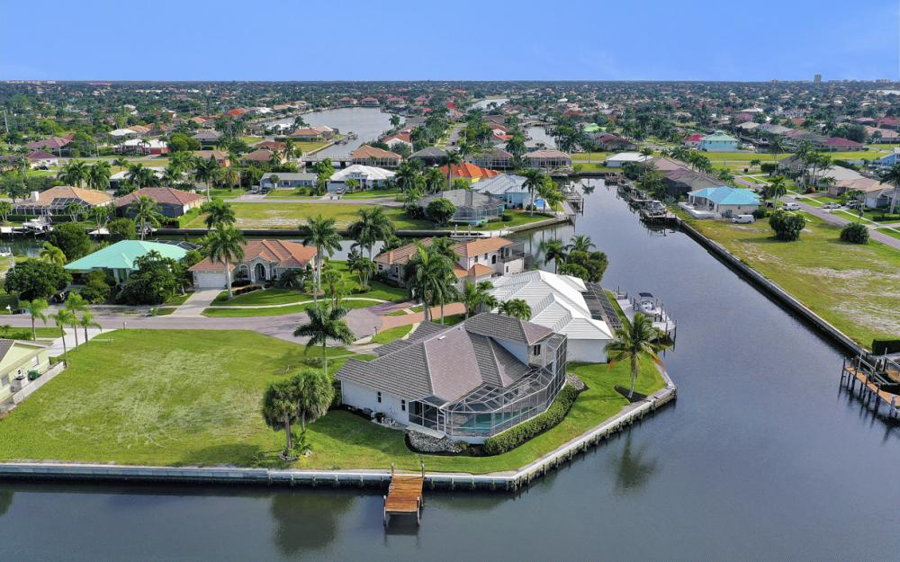 948 Hunt Ct, Marco Island - Home For Sale 1796655754