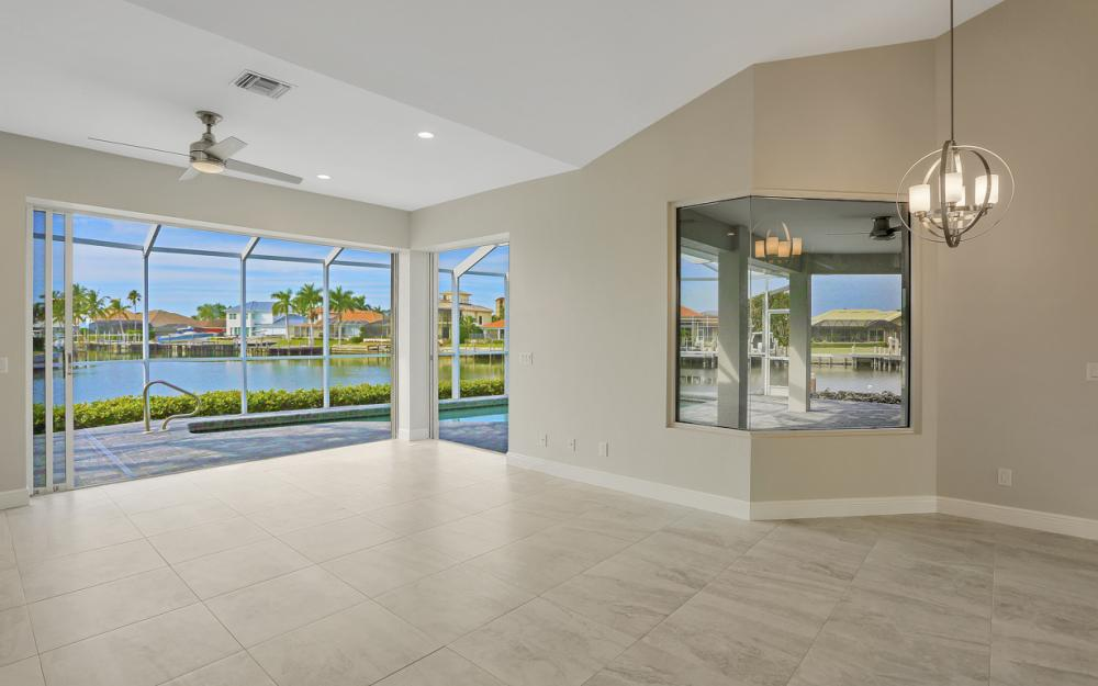 948 Hunt Ct, Marco Island - Home For Sale 110257336