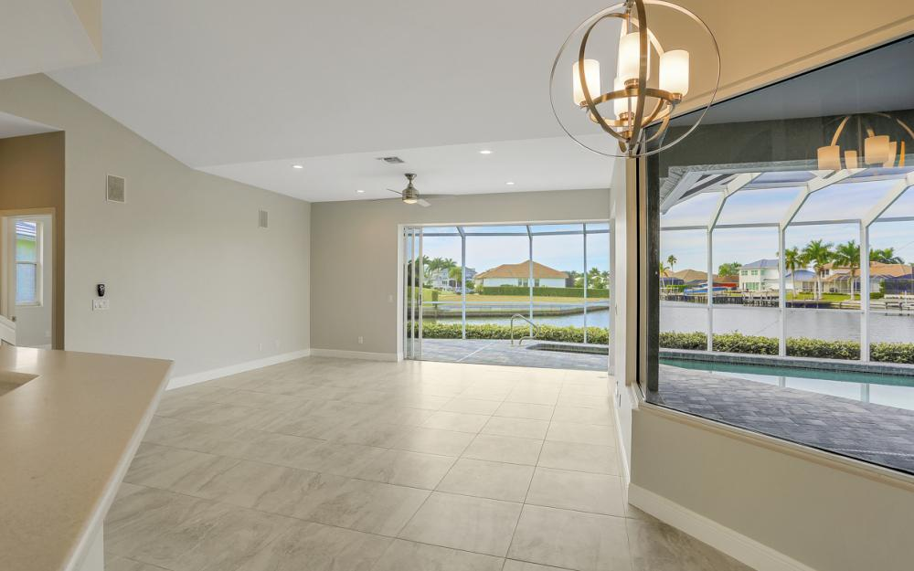 948 Hunt Ct, Marco Island - Home For Sale 1026293888
