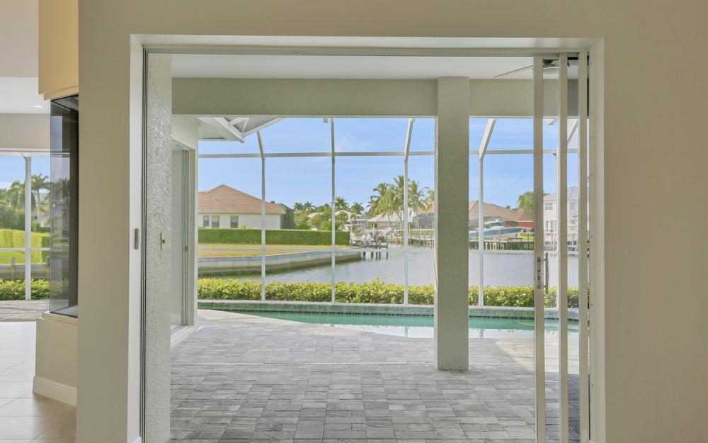 948 Hunt Ct, Marco Island - Home For Sale 1164826600