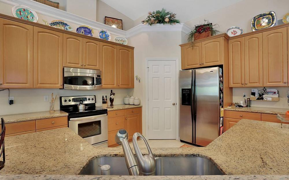 1361 Bayport Ave, Marco Island - House For Sale 2046833572