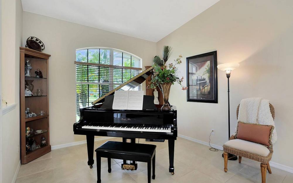 1361 Bayport Ave, Marco Island - House For Sale 620489764