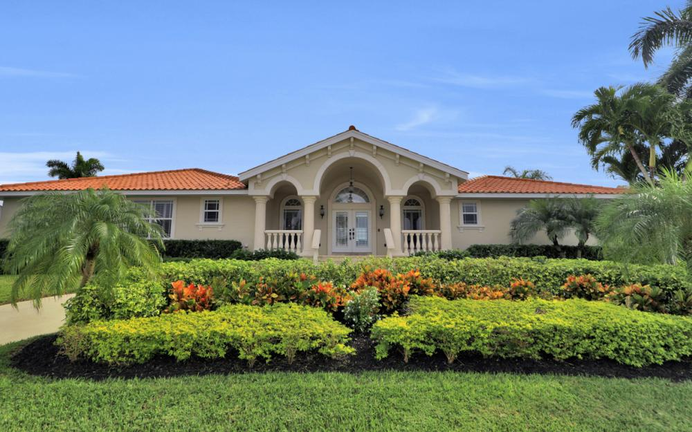 566 Hernando Dr, Marco Island - Vacation Rental 1205034129