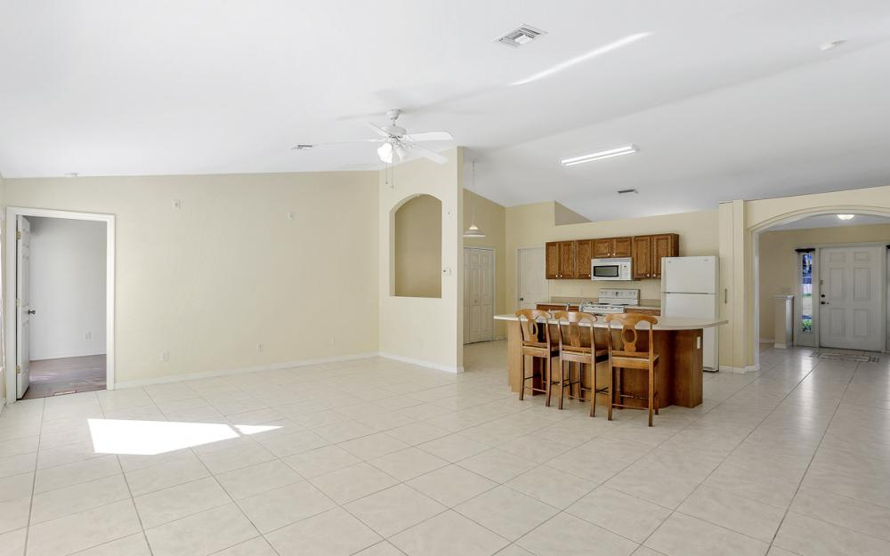 4411 SW 1st Ave, Cape Coral - Home For Sale 1499419463