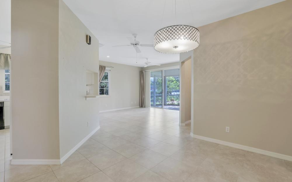 3705 Fieldstone Blvd #4-101, Naples - Condo For Sale 1991297932
