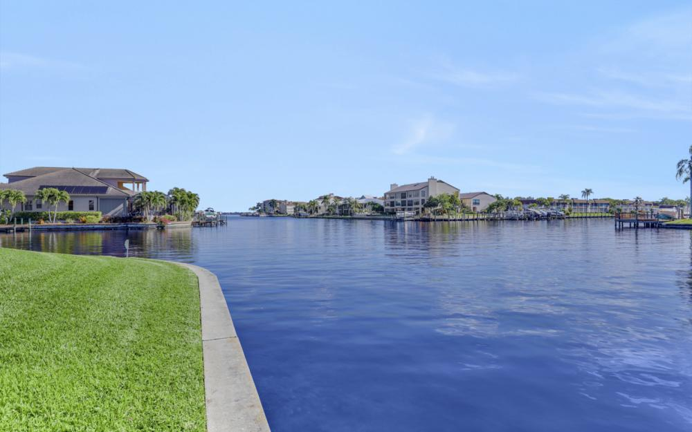 1753 SE 40th St, Cape Coral - Home For Sale 1456575260
