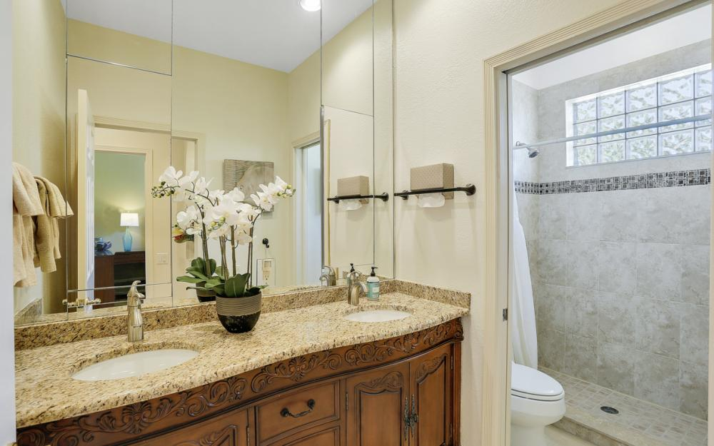 5611 Merlyn Ln, Cape Coral - Luxury Home For Sale 1039564140