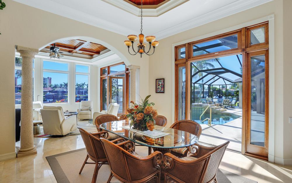 5611 Merlyn Ln, Cape Coral - Luxury Home For Sale 452728004