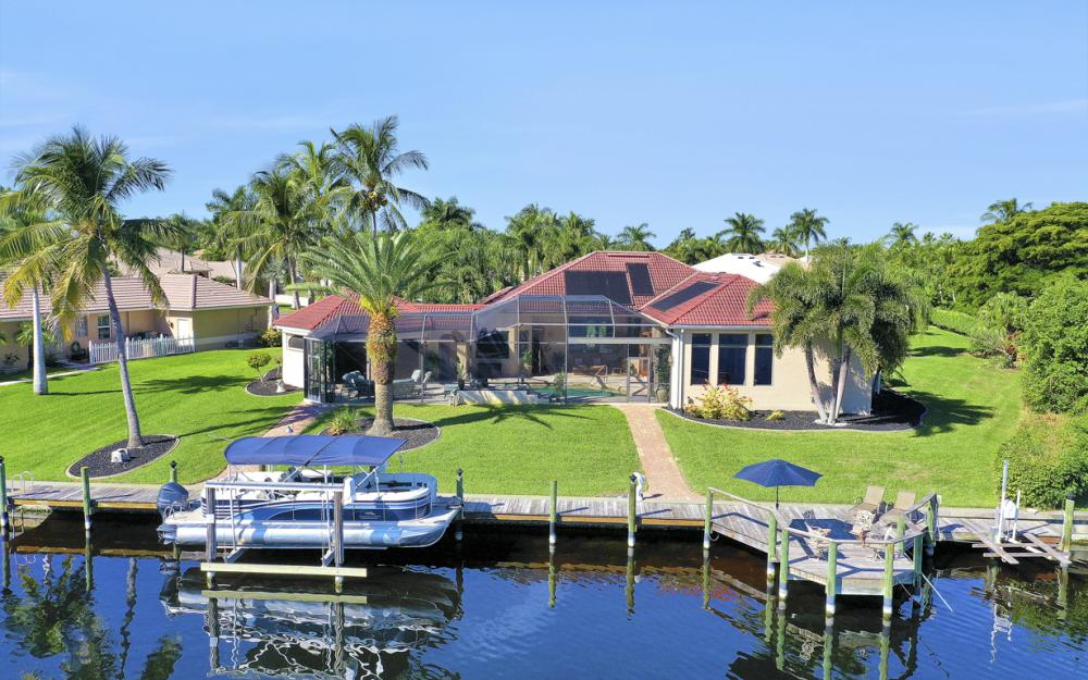 5611 Merlyn Ln, Cape Coral - Luxury Home For Sale 1180825270