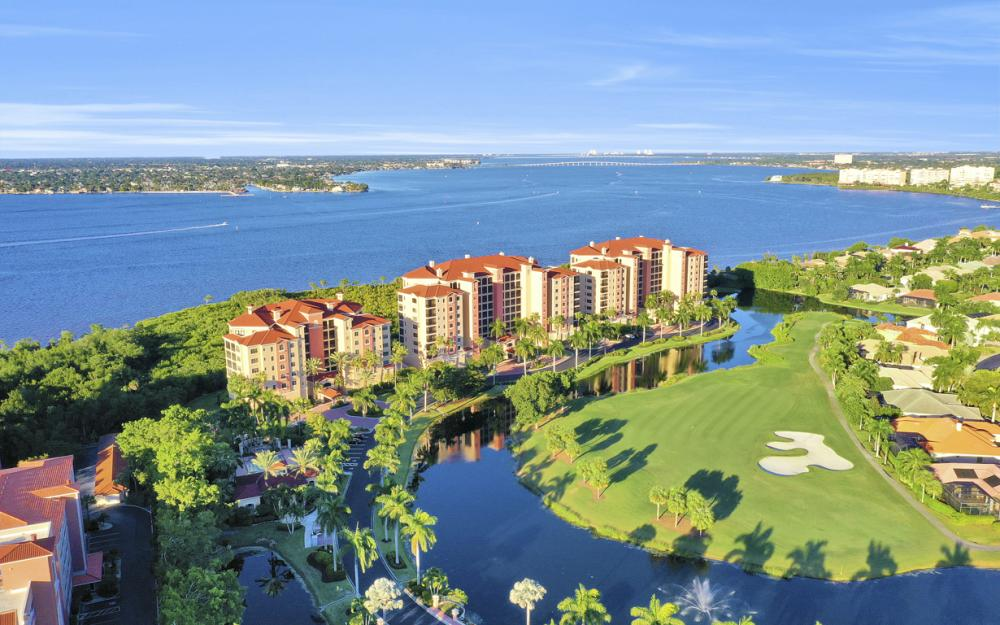 11600 Court of Palms #404, Fort Myers - Luxury Condo For Sale 1685485103