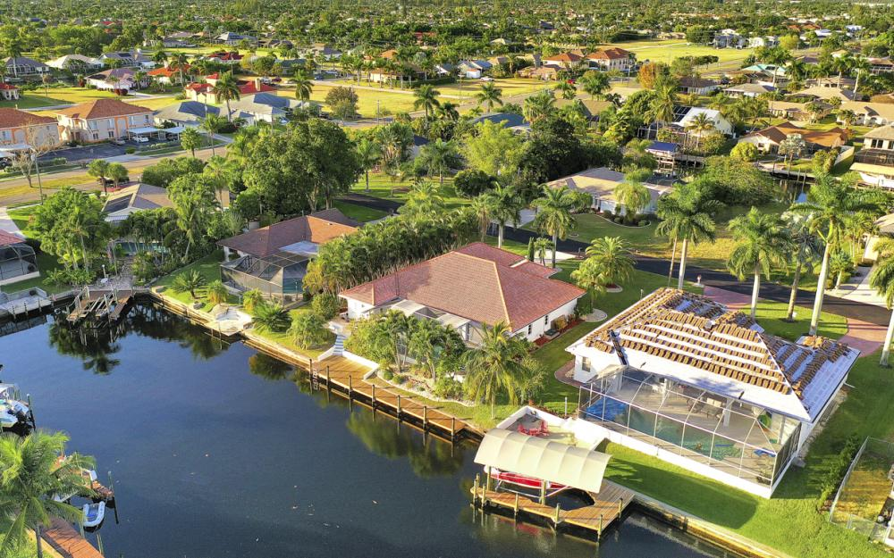 1526 SW 53rd Ter, Cape Coral - Home For Sale 1732450065