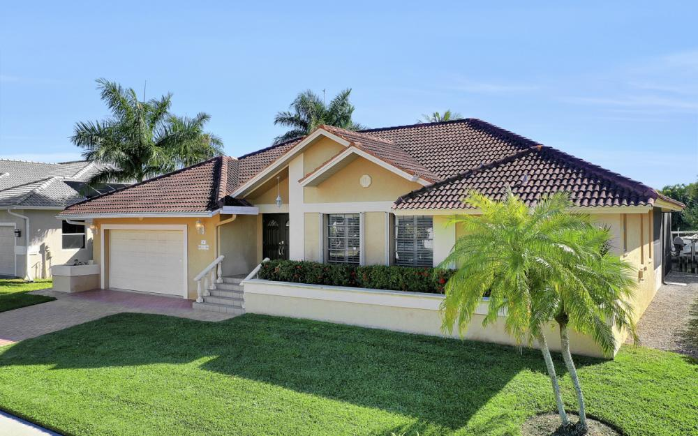 797 Dandelion Ct, Marco Island - Home For Sale 434053144