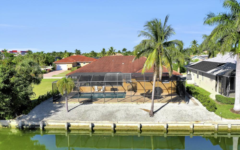 797 Dandelion Ct, Marco Island - Home For Sale 250592398