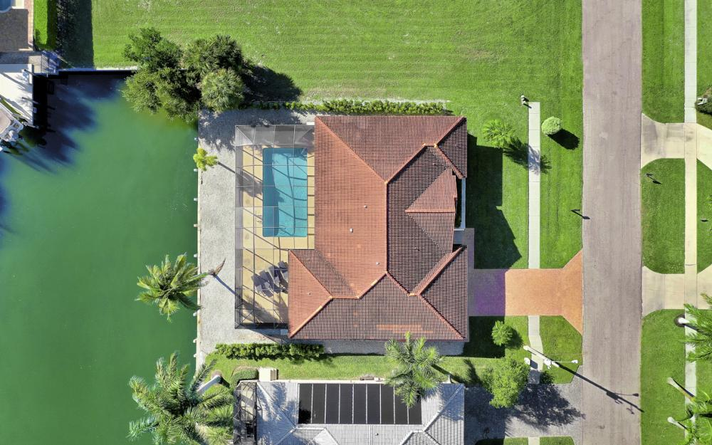 797 Dandelion Ct, Marco Island - Home For Sale 287026356