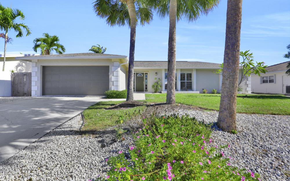 449 Worthington St, Marco Island - Home For Sale 653130391