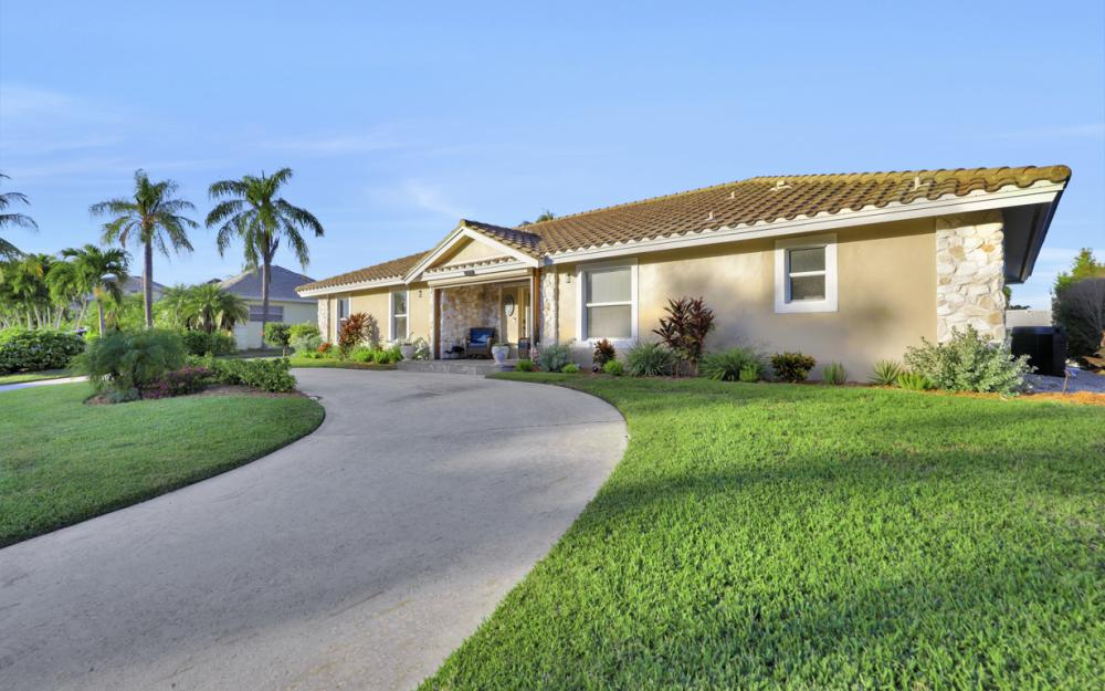 581 Spinnaker Dr, Marco Island - Vacation Rental 285949132