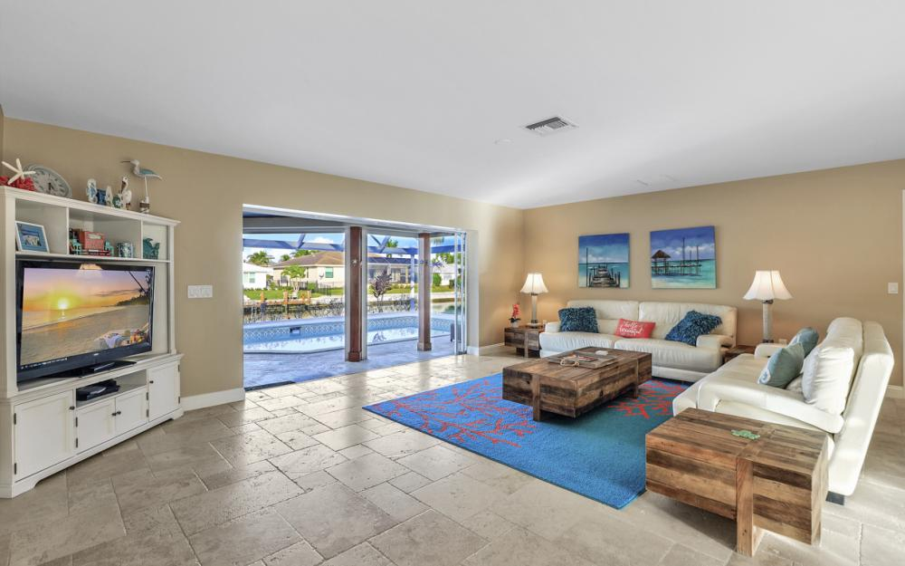 581 Spinnaker Dr, Marco Island - Vacation Rental 260308746