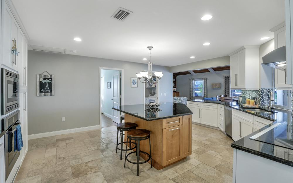 581 Spinnaker Dr, Marco Island - Vacation Rental 1255342278