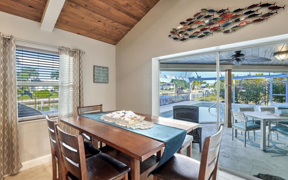 581 Spinnaker Dr, Marco Island - Vacation Rental 1203970329