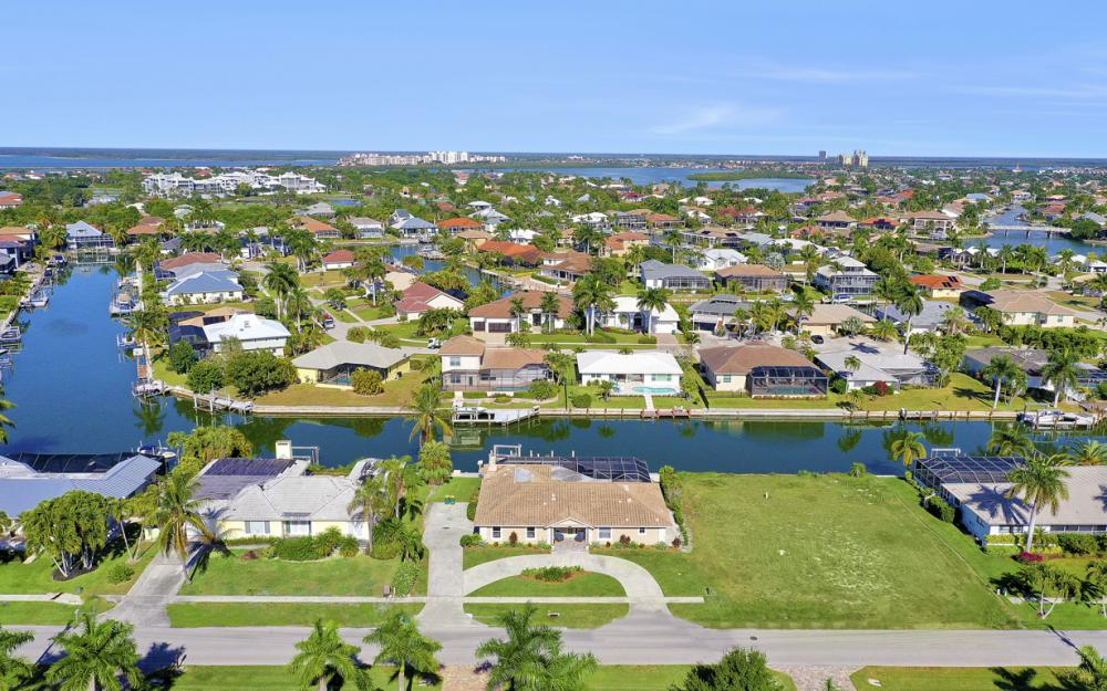 581 Spinnaker Dr, Marco Island - Vacation Rental 1298295115