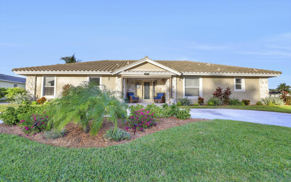 581 Spinnaker Dr, Marco Island - Vacation Rental 409726150