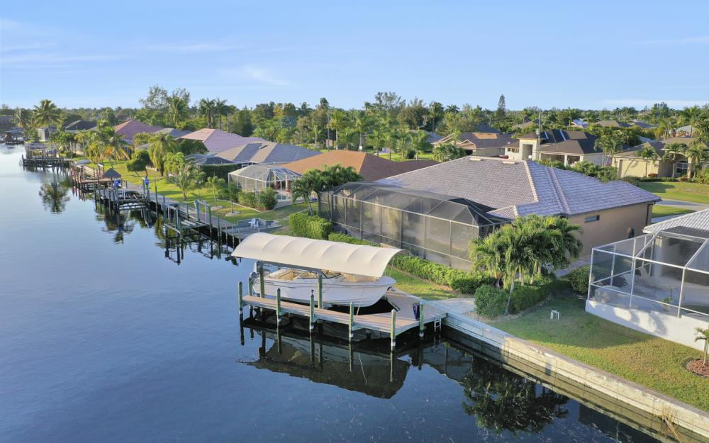 2116 SW 47th Ter, Cape Coral - Home For Sale 415857562