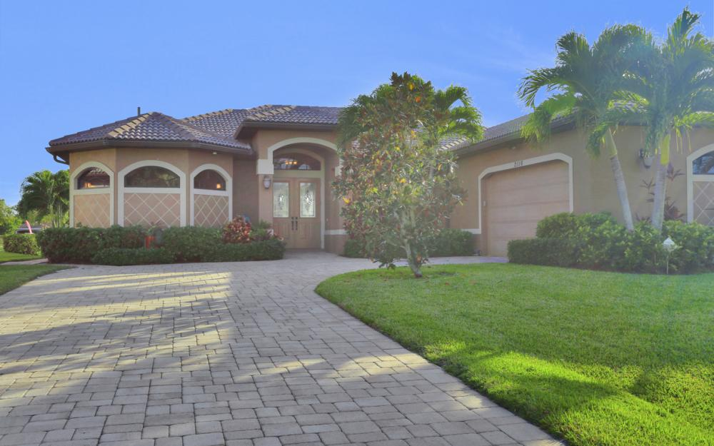 2116 SW 47th Ter, Cape Coral - Home For Sale 241531121