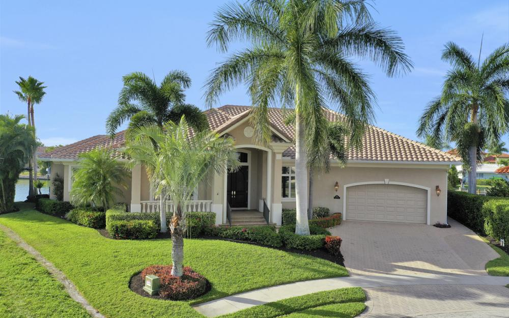 366 Rock Hill Ct, Marco Island - Home For Sale 116763179
