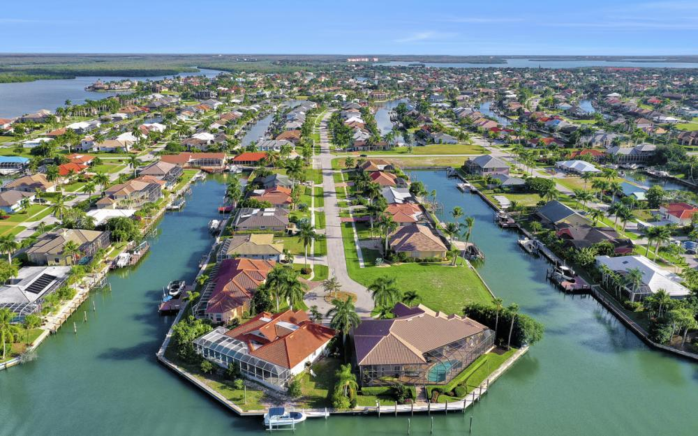 366 Rock Hill Ct, Marco Island - Home For Sale 231652855