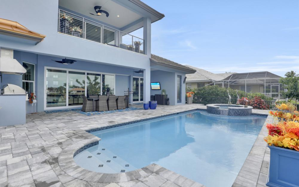 332 Bald Eagle Dr, Marco Island - Home For Sale 231566256