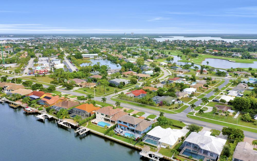 332 Bald Eagle Dr, Marco Island - Home For Sale 1305606436