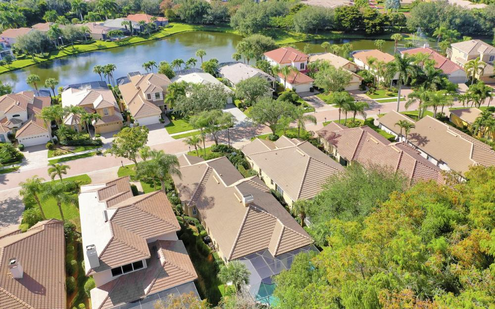 9186 Troon Lakes Dr, Naples - Home For Sale 1265343109