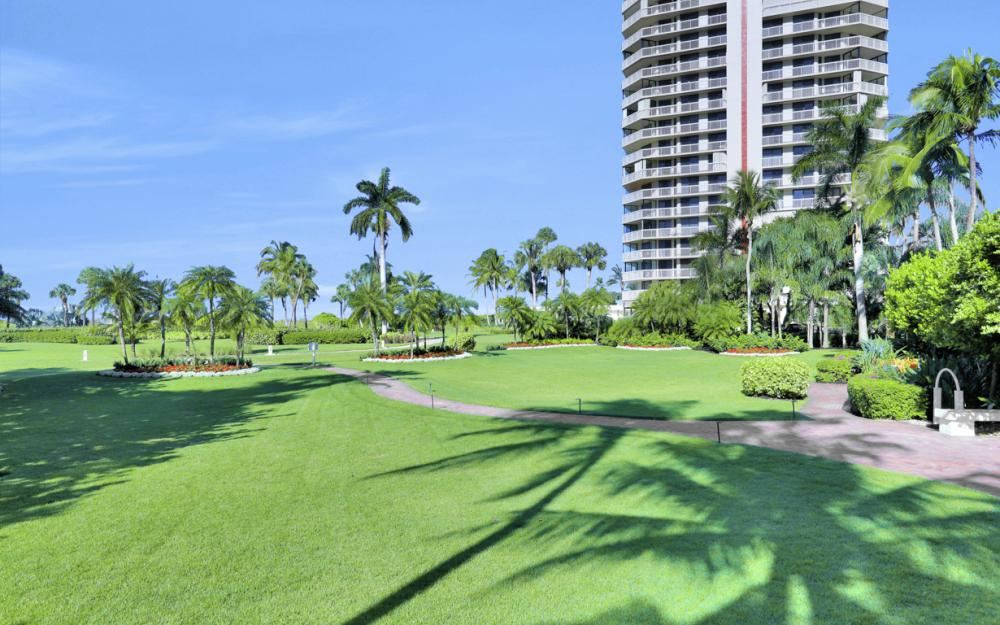 4751 Gulf Shore Blvd N #706, Naples - Condo For Sale 1625991999