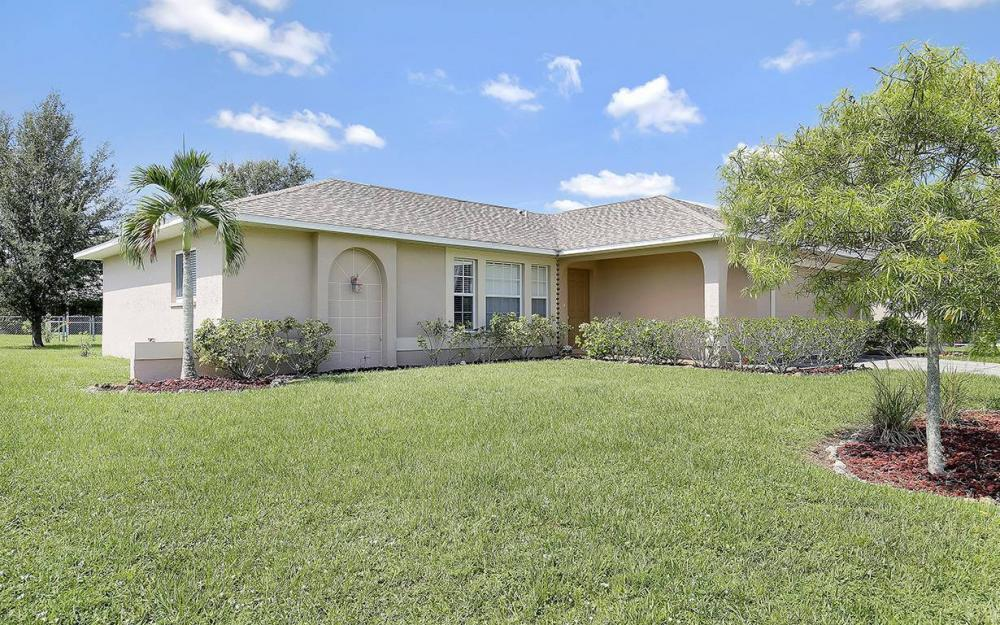 314 SE 17th St, Cape Coral - House For Sale 1971353818