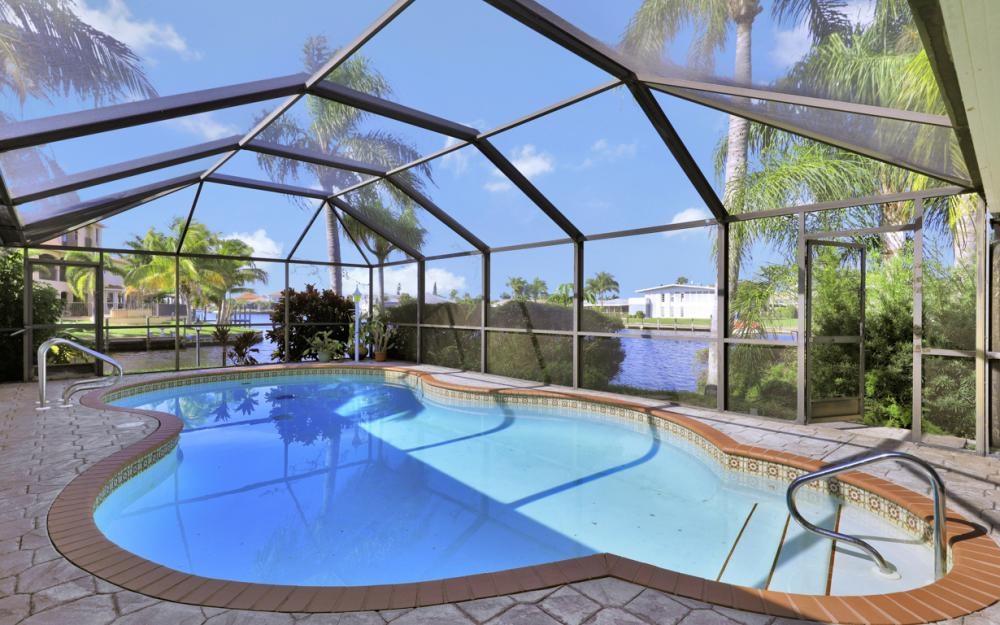401 Avalon Dr, Cape Coral - Home For Sale 1258461868