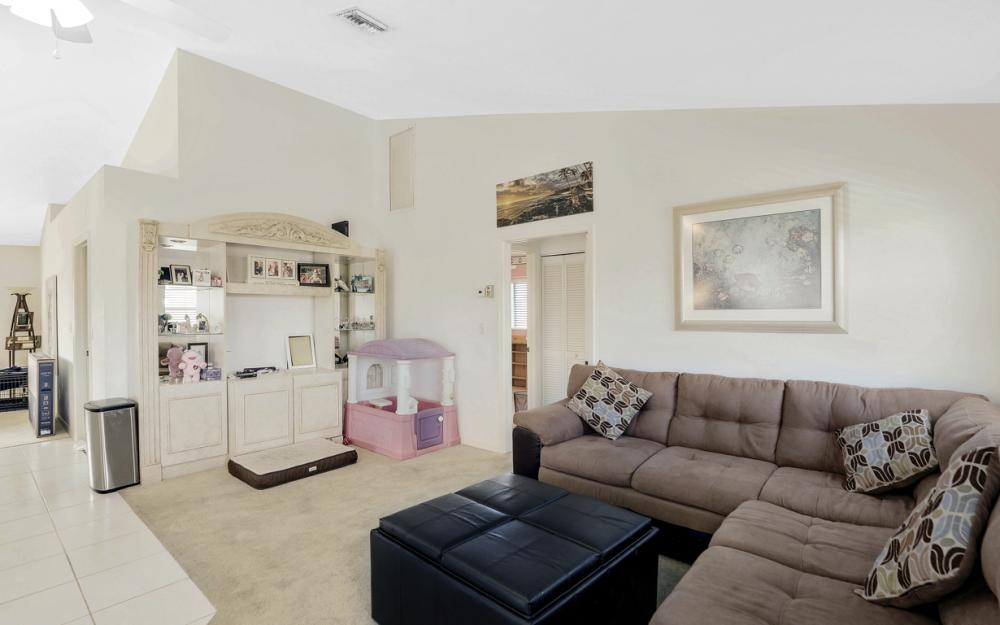 1606 Rainbow Ct, Marco Island - Home For Sale 1284767979