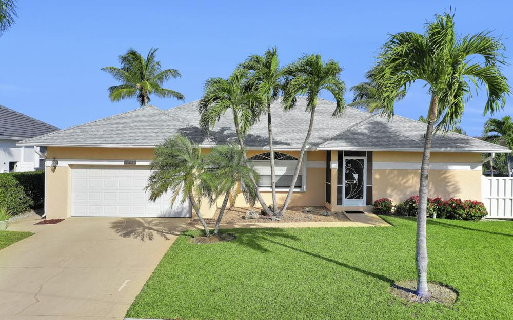 1606 Rainbow Ct, Marco Island - Home For Sale 597166836