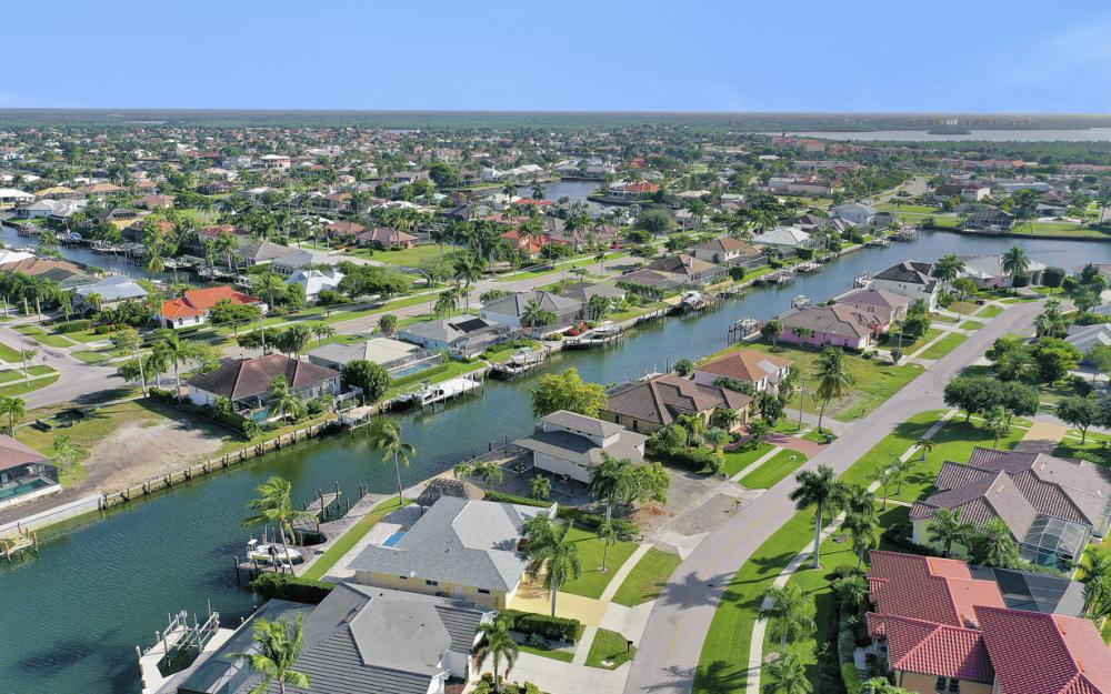 1606 Rainbow Ct, Marco Island - Home For Sale 2128440505