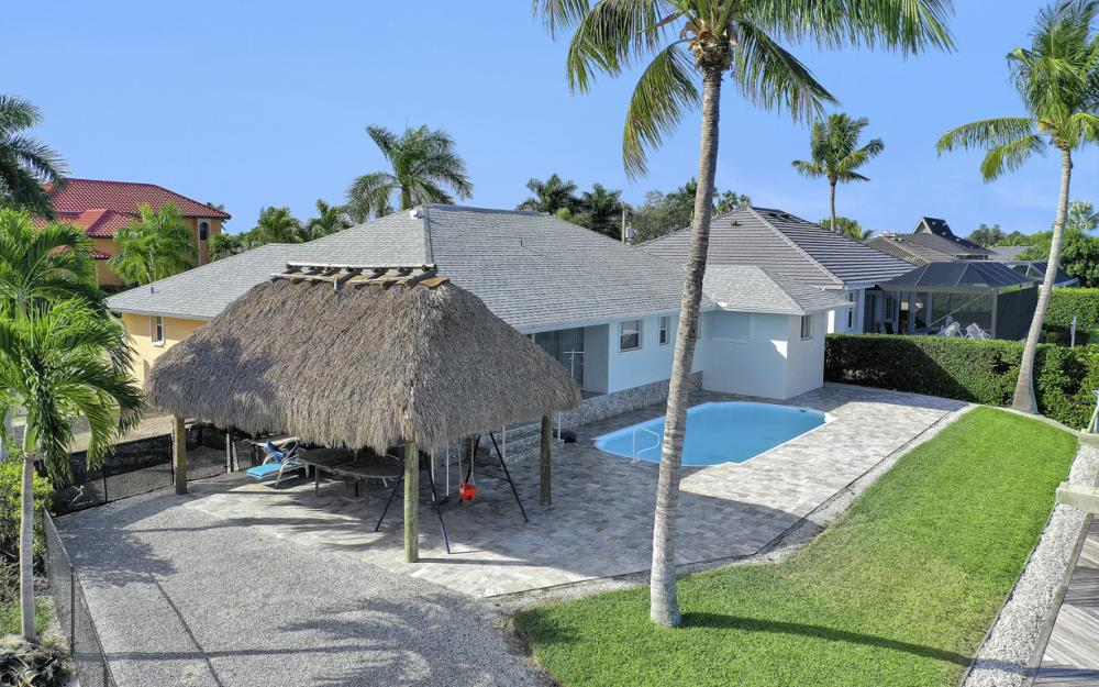 1606 Rainbow Ct, Marco Island - Home For Sale 212873750