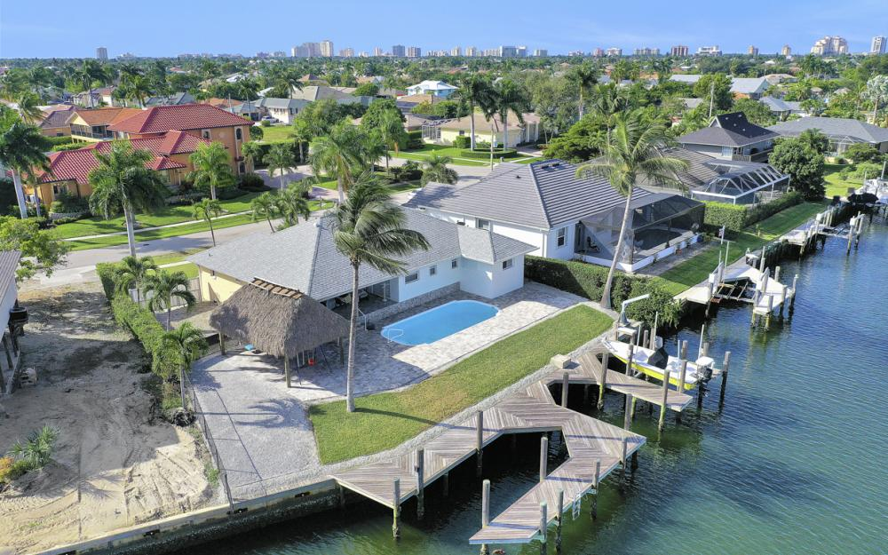 1606 Rainbow Ct, Marco Island - Home For Sale 2041154807