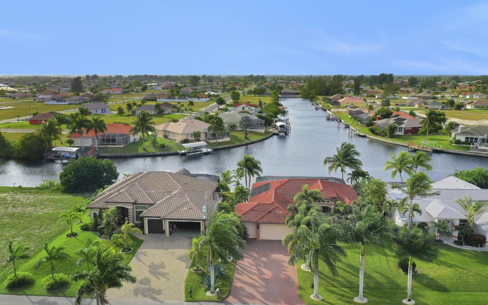 206 NW 32nd Pl, Cape Coral - Home For Sale 4187936