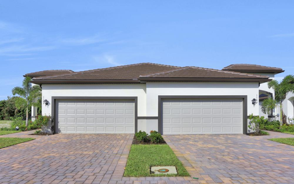 1169 S Town and River Dr, Fort Myers - Home For Sale 841288808