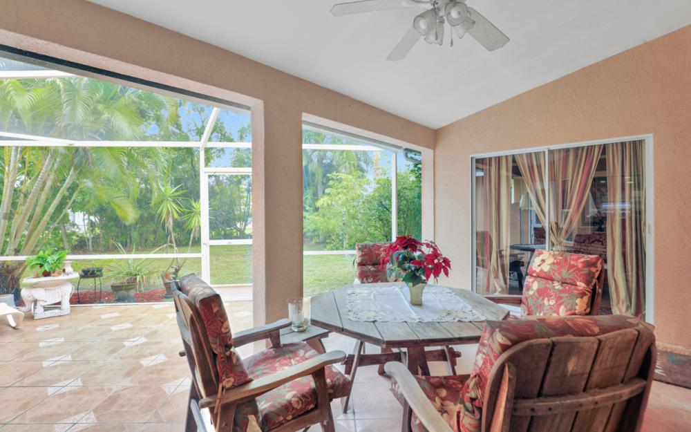 1416 SW 8th Ct Cape Coral - Home For Sale 1055317948