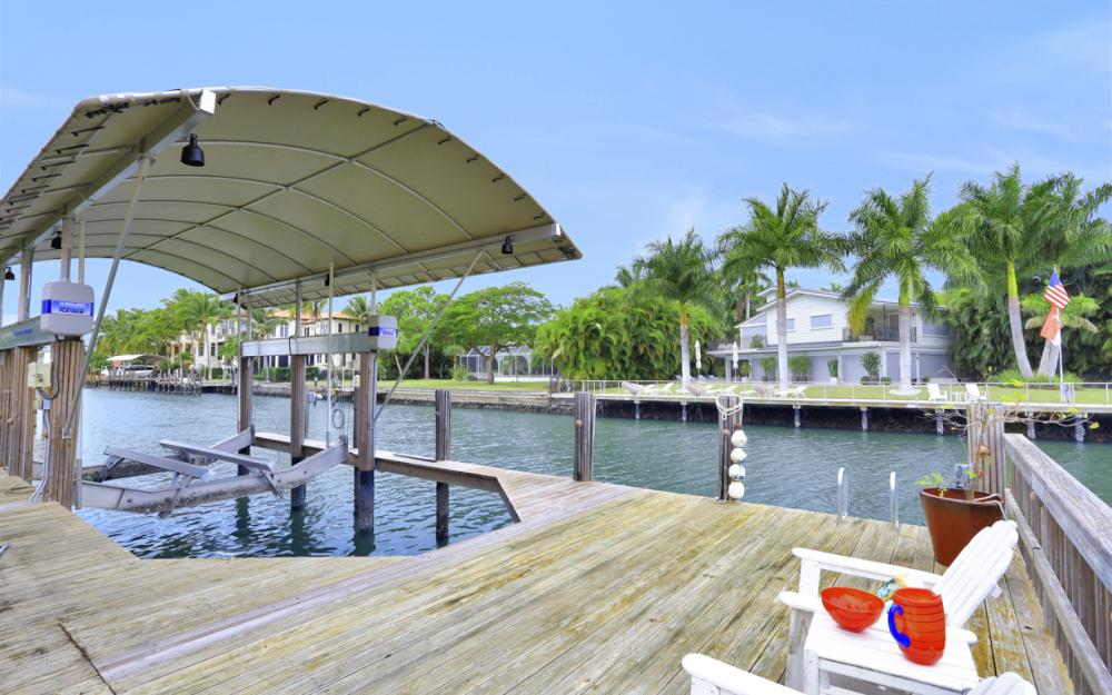 239 Channel Dr, Naples - Vacation Rental 223145695
