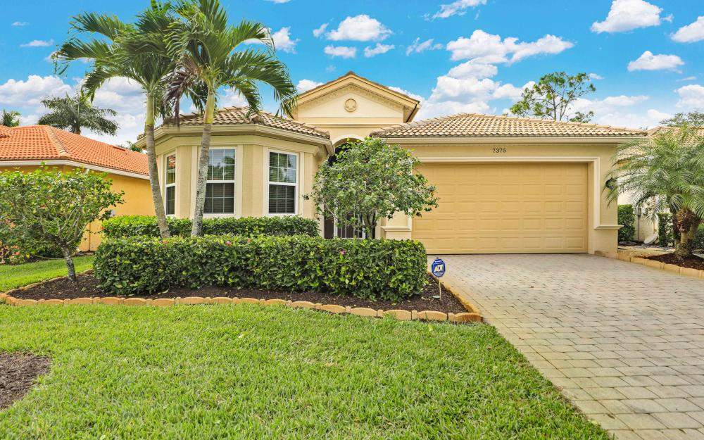 7375 Sika Deer Way, Fort Myers - Home For Sale 1354841608