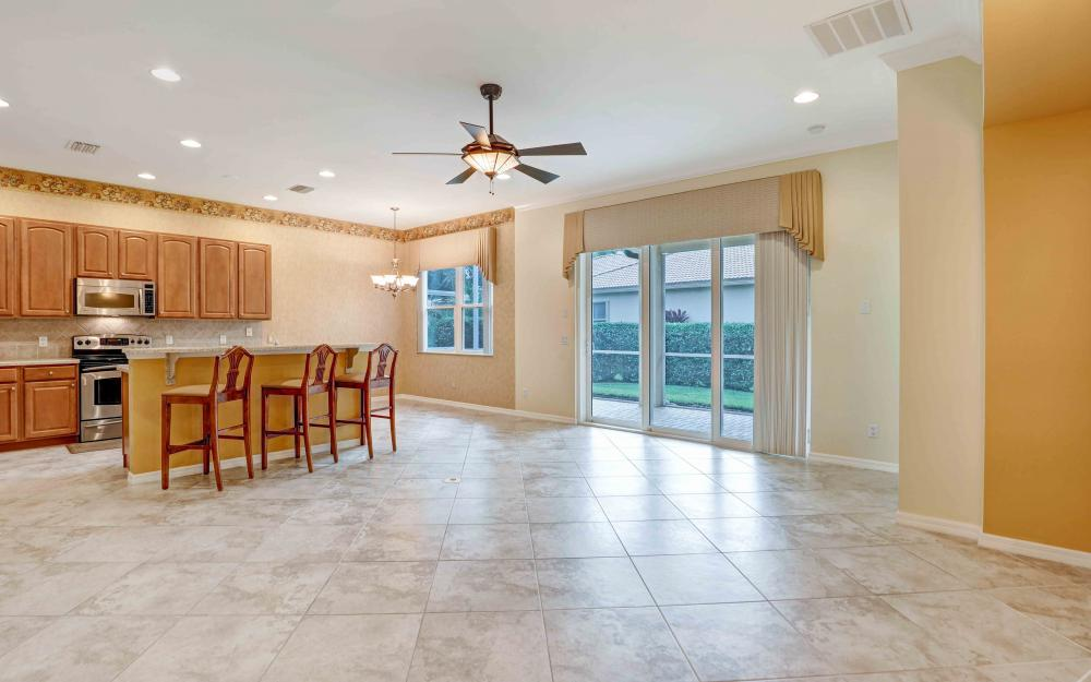 7375 Sika Deer Way, Fort Myers - Home For Sale 778026948