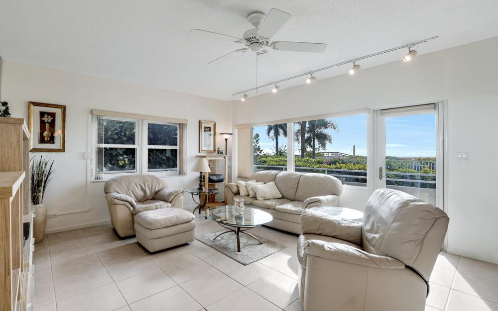 240 Seaview Ct #111, Marco Island - Condo For Sale 642009257