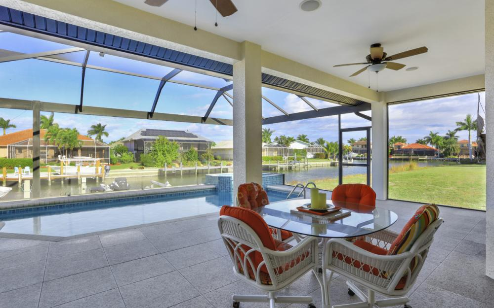920 Ruby Ct, Marco Island - Home For Sale 632450091