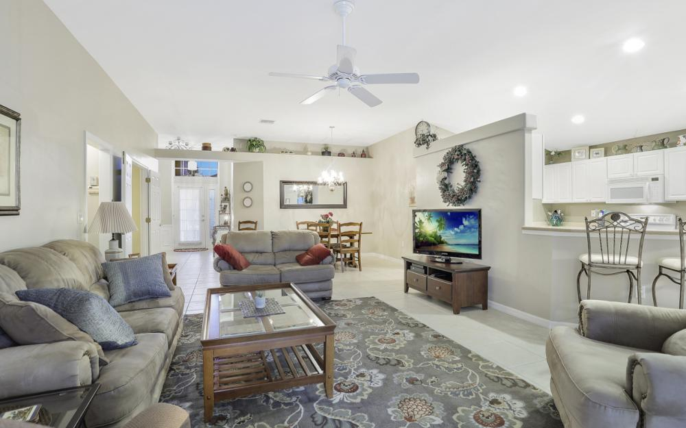 9349 Independence Way, Fort Myers - Home For Sale 1609430372