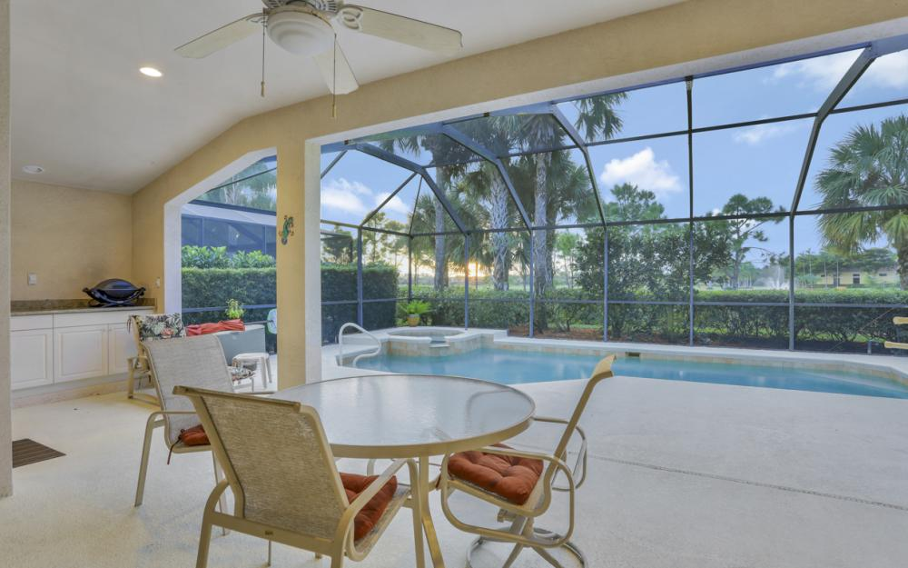 9349 Independence Way, Fort Myers - Home For Sale 926907637